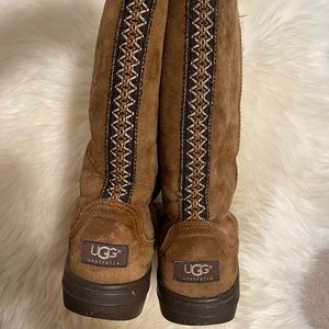 UGG Tall Boots Aztec Tribal Stripe -brown size 6